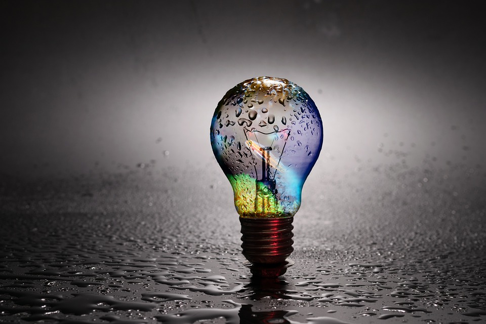 A lightbulb in the rain